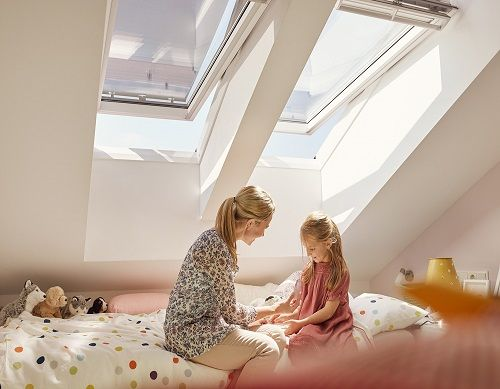 Velux GGL 2070 Centre-Pivot Roof Window White Painted